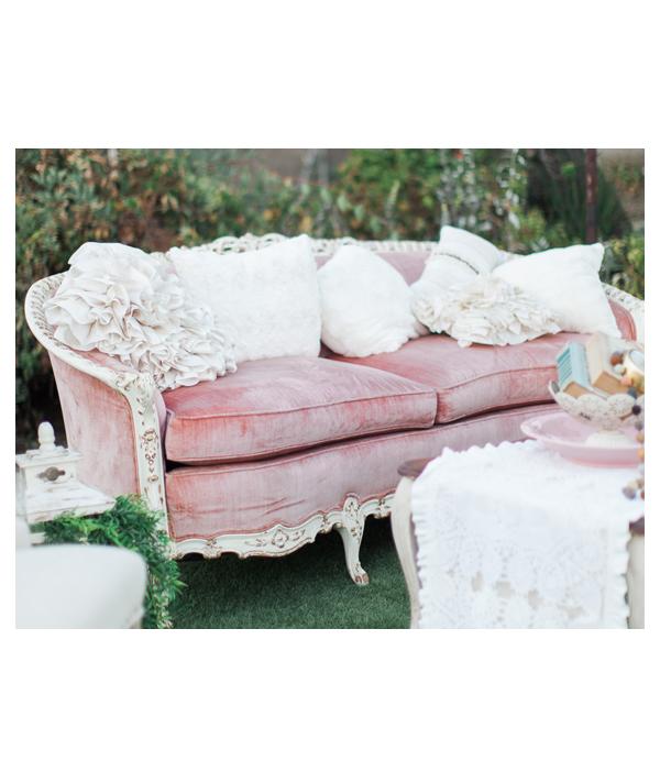 blush-antique-sofa